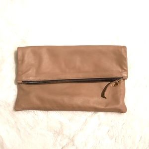 Pre loved ❤️ nude leather Clare Vivier clutch